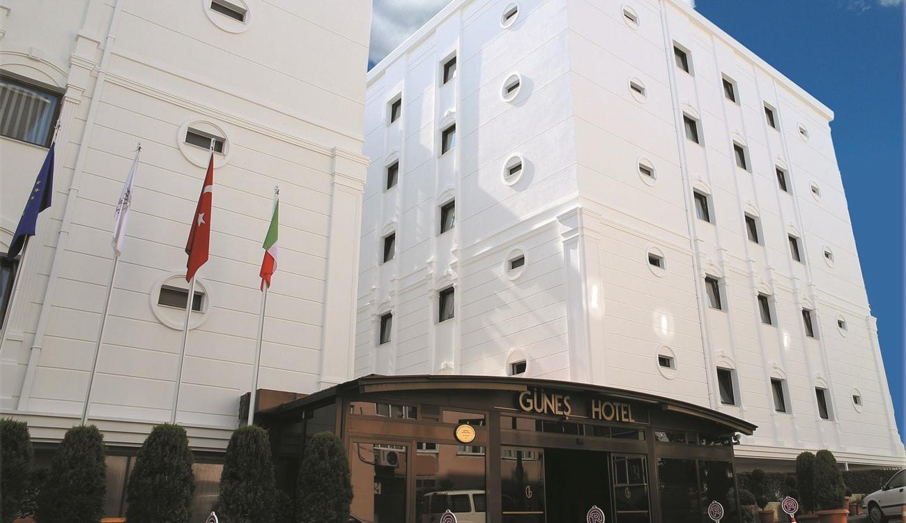 Gunes Hotel Entrance